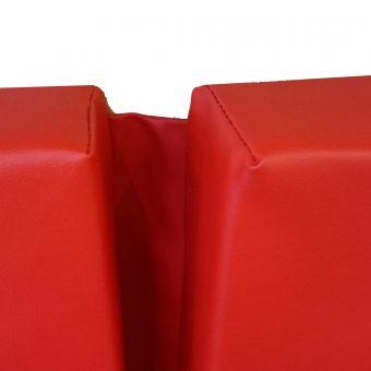 Mazda-Bongo-Cusions-in-Vinyl-Rouge-(5)