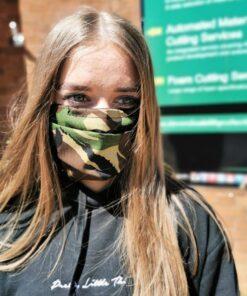 Máscaras faciales plisadas de estilo quirúrgico de algodón de doble capa: disponibles en paquetes de 5 o 10